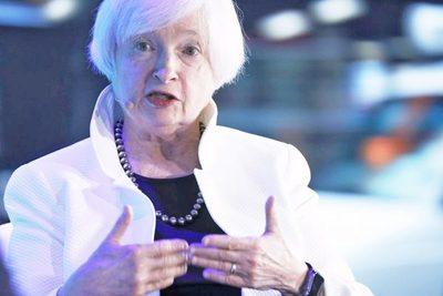 Fed es responsable del déficit comercial