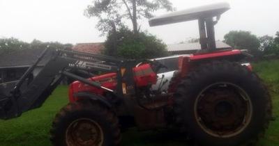 Recuperan tractor denunciado como robado en Santa Rosa del Monday