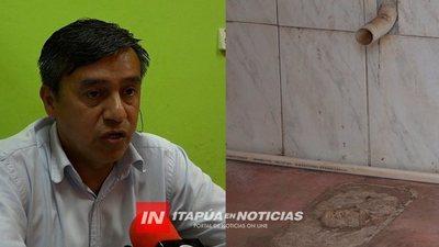 ADMINISTRADOR DE LA PLACITA PROMETE BAÑO Y DUCHA PARA FRUTEROS