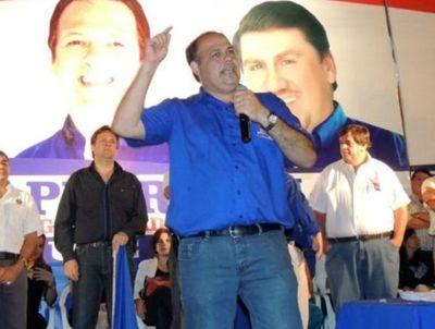 Liberales ganan pulseada y Abel González sustituye a Oviedo Matto