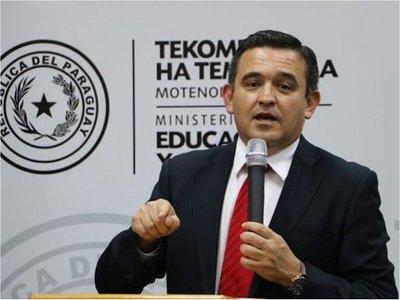 Petta promete una autoinvestigación sobre amigos y parientes en el MEC