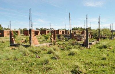 Verifican casas abandonadas