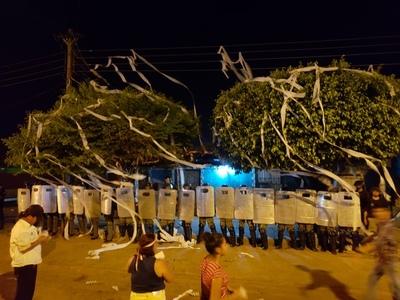 Escracharon las viviendas de las concejales Sisinia Silva y Estrella Quevedo