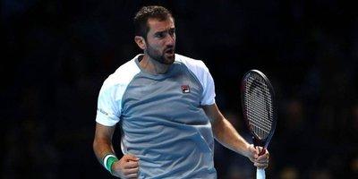 Cilic gana a Isner en tres sets, Djokovic en 'semis' del Masters