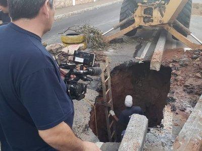 Bloquean avenida por megabache en Asunción