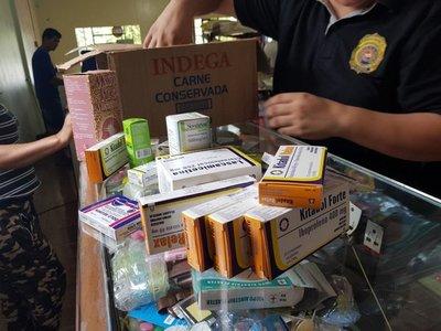 Carnicerías y despensas que vendían remedios sin permiso