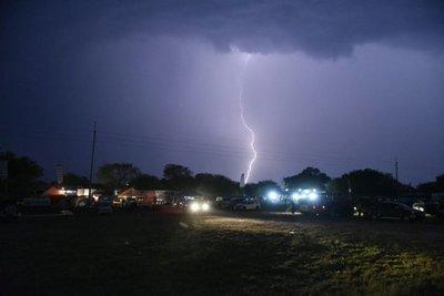 Meteorología emitió una alerta por tormentas para seis departamentos