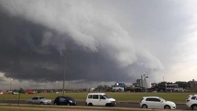 Emiten alerta por lluvias y tormentas