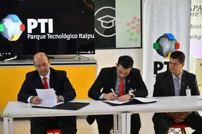 MITIC y PTI suscriben convenio para proyectar integración a tecnología