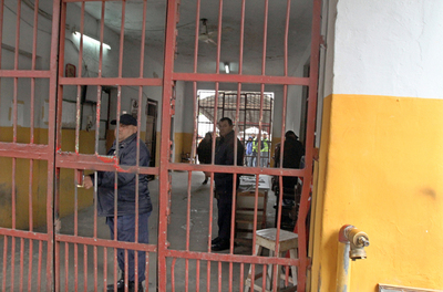Fiscalía investiga el ingreso de casi 300 niños a las privadas de Tacumbú