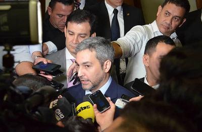"""Abdo confirma expulsión de Piloto: """"Que nuestro país no sea tierra de impunidad"""""""