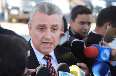 """Marcelo """"Piloto"""": ministro considera que no existe crisis en las filas policiales"""