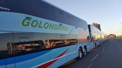 HOY / Presentan 70 nuevos buses del servicio de mediana y larga distancia