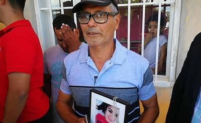 HOY / Con deuda a funeraria y sin contención del Estado: así quedó la familia de la joven asesinada por Piloto