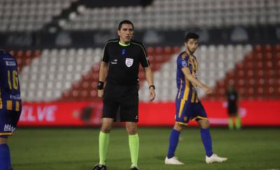 HOY / Designan árbitros a las semifinales