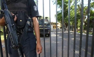 HOY / Tras asesinato de Lidia ruedan cabezas en Policía: La Agrupación recibe a tercer jefe en tres meses