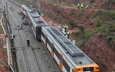 España: descarrilamiento de tren deja un muerto y al menos 41 heridos