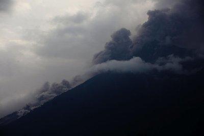 Guatemala: Volcán de Fuego dio 13 explosiones