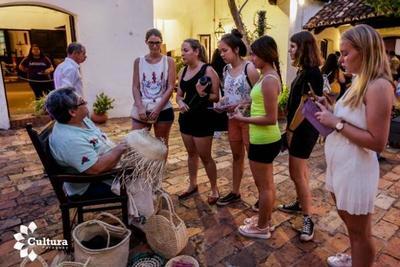 """Muestra """"Mba'apo"""", una mirada histórica sobre la actividad laboral en Paraguay"""
