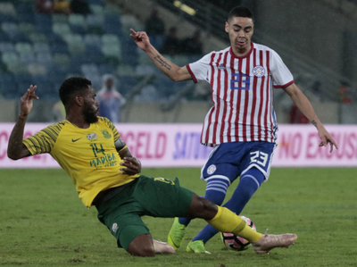 Paraguay y Sudáfrica igualan en intenso amistoso