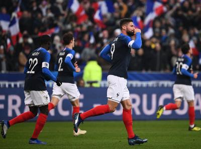 Olivier Giroud le dio la victoria a Francia sobre Uruguay
