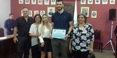 """Junta Municipal hizo reconocimiento a Adolfo """"Toto"""" López"""