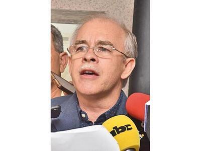 Ratifican juicio oral para el ex ministro Bower y los policías