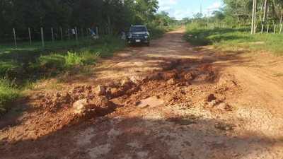 Caminos destrozados e instituciones sin recursos quedan en Concepción