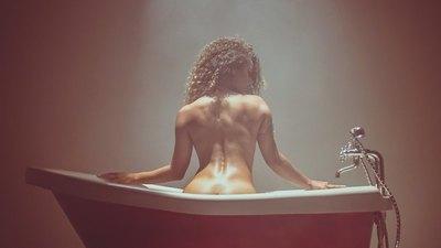 El nuevo hit de Humbertiko viene ¡con desnudo! en el video clip