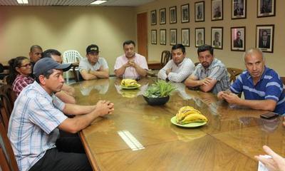 Tembiaporã: Hay voluntad de acuerdo entre el gobierno y pobladores.