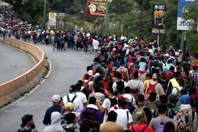 Más de 2.000 centroamericanos de la caravana migrante pidieron volver a sus países