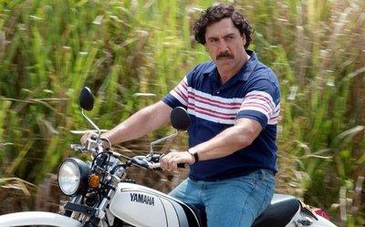 Bardem compone un Pablo Escobar similar al original