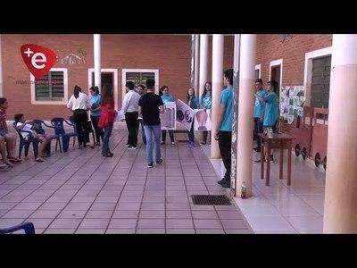 Jóvenes beneficiarios del programa Access realizan servicio comunitario