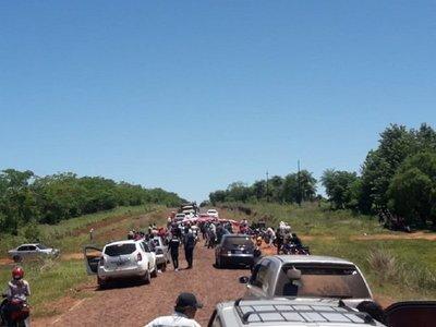 Pobladores de un asentamiento de San Ignacio cierran ruta exigiendo agua