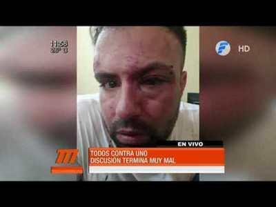 Brutal golpiza a un hombre en plena vía pública