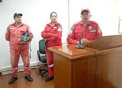 Ambulancia para Bomberos está varada desde hace tres meses en puerto privado