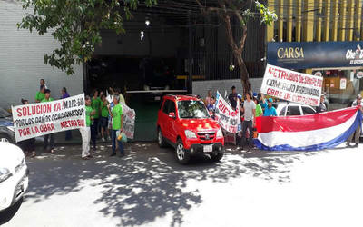 Metrobús: frentistas exigen pago de subsidios