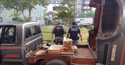 Paraguayo es detenido con 172 kilos de marihuana en el Puente de la Amistad