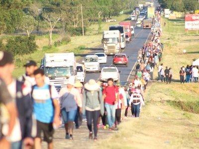 Peregrinos caminarán 78 kilómetros hasta Caacupé