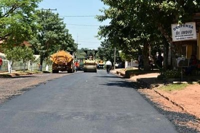Municipio y la ITAIPU inician obras de pavimentación asfáltica en J. Eulogio Estigarribia