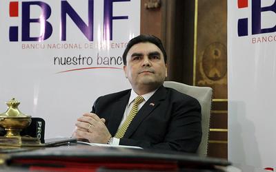 Extitular del BNF pide declarar ante comisión que investiga a Messer