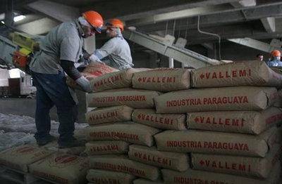Tratarán de garantizar provisión de cemento para construcciones