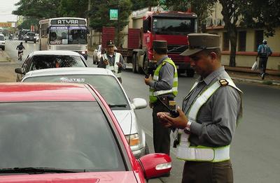 Comisión decidirá reincorporación de agentes de la caminera