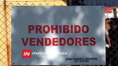 PROHIBIDA LAS VENTAS EN ZONA PRIMARIA DEL PUENTE SAN ROQUE