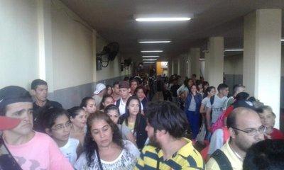 Unas 50 mil personas ya pasaron por la terminal