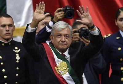 Suprema Corte de México suspende ley que busca reducir sueldos de altos funcionarios