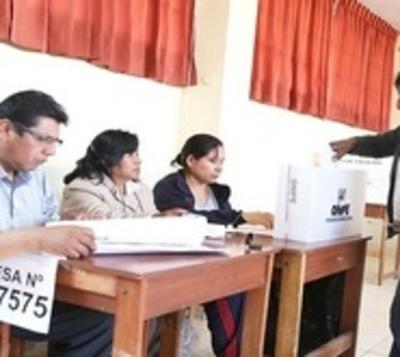 Referéndum en Perú busca reformar sistema judicial y político