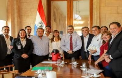 Centrales obreras platearon 'puntos fundamentales' al Ejecutivo:
