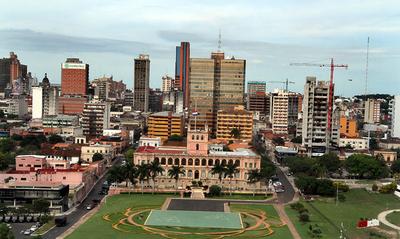 Fitch Ratings eleva calificación de Paraguay a BB+