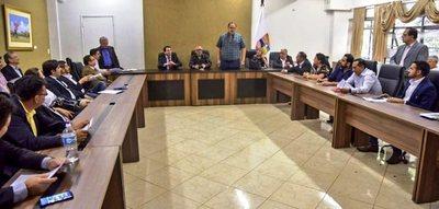 Indert  y Gobernación del Alto Paraná acuerdan avanzar en la titulación masiva de tierras